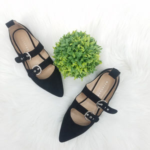 Metaphor Black Pointy-Toed Buckle Flats